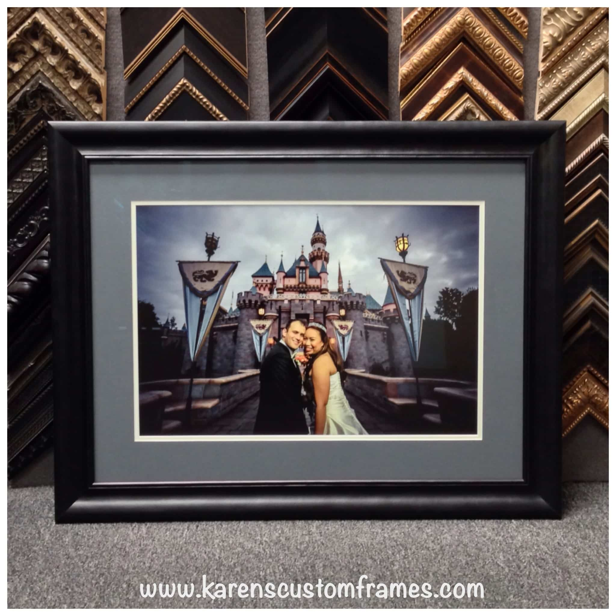 Wedding Photo | Custom Design and Framing by Karen's Detail Custom Frames